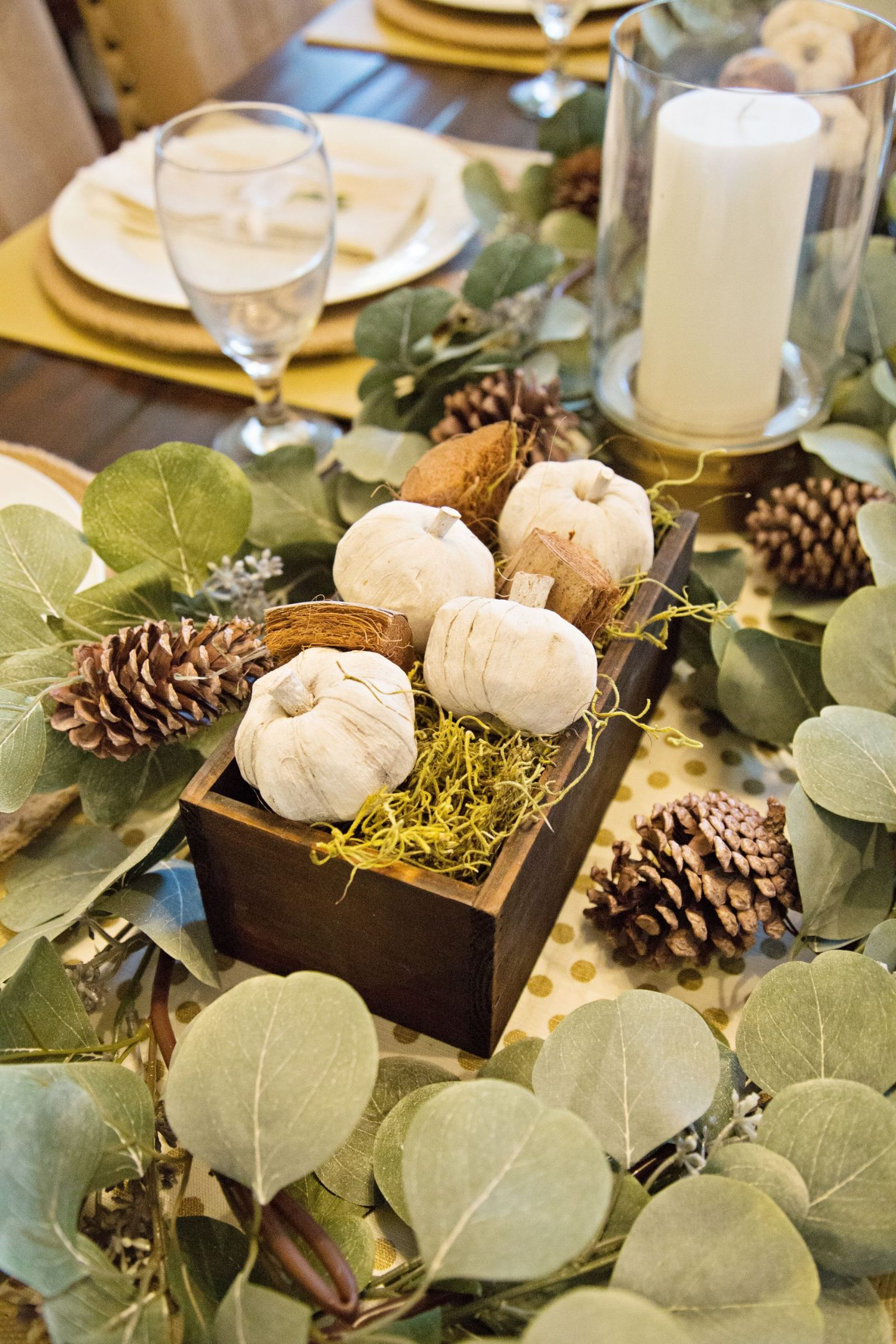 MODERN TABLE IDEAS, THANKSGIVING TABLE DECOR, DIY TABLE DECOR, TABLESCAPES