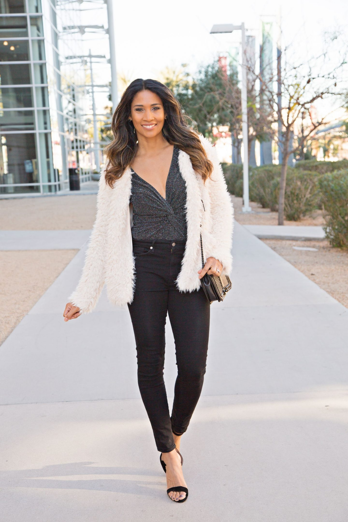 NEW YEARS OUTFIT, BODYSUIT, WHAT TO WEAR, PARTY OUTFIT, FASHION INSPO, FAUX FUR JACKET, SHAGGY JACKE, BLOGGER STYLE