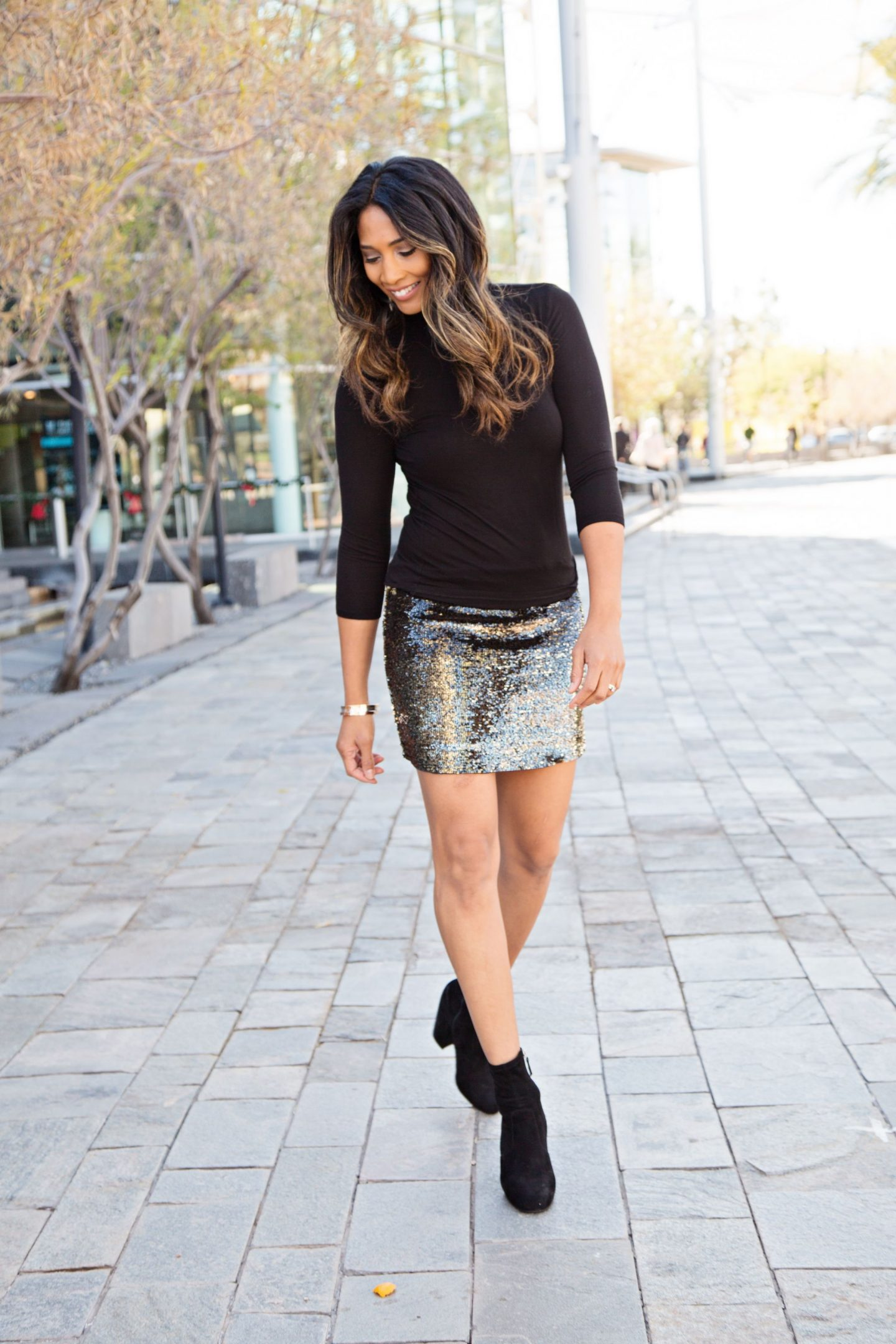 NEW YEARS OUTFIT, WINTER FASHION, WHAT TO WEAR, PARTY OUTFIT, FASHION INSPO, SEQUIN SKIRTS, ARIZONA BLOGGER, BLOGGER STYLE