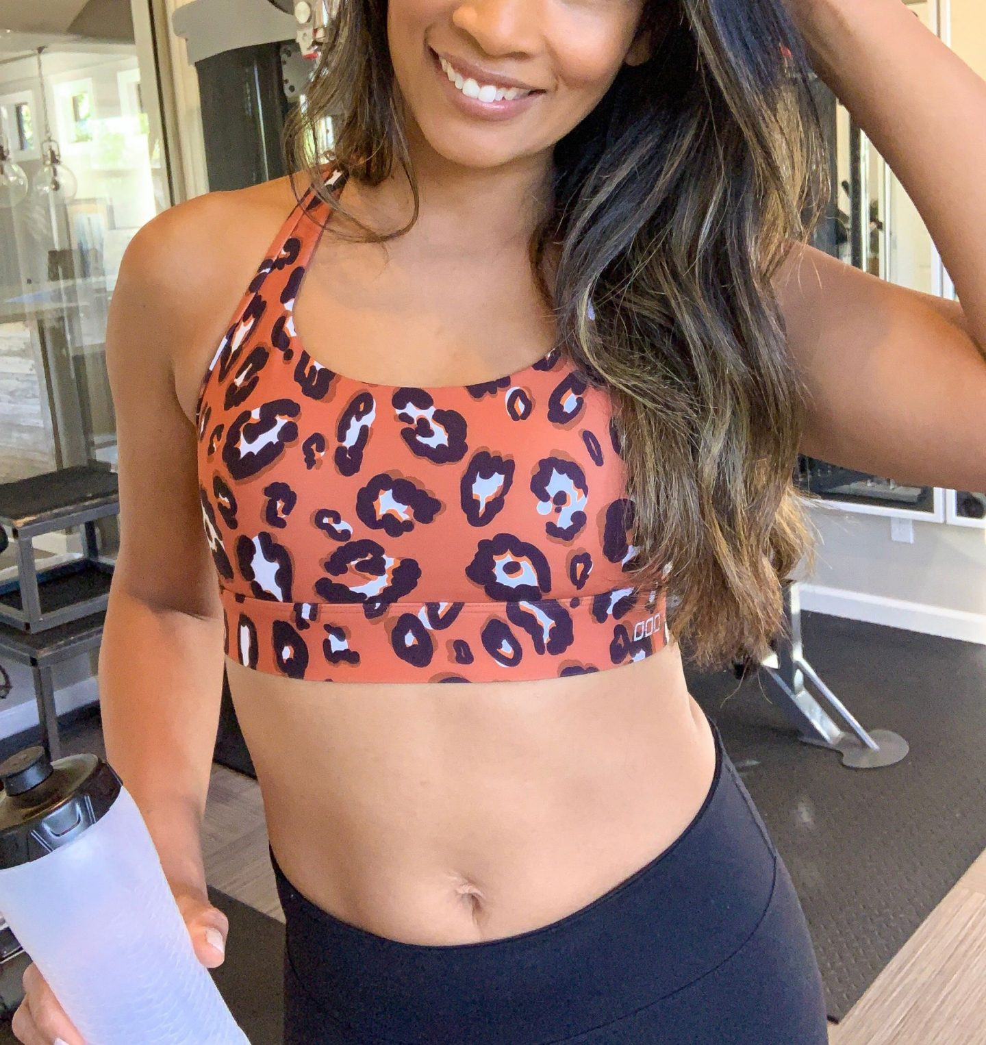 SPORTS BRA, WORKOUT GEAR, CUTE WORKOUT CLOTHES, FITNESS, FIT MOM, LORNA JANE