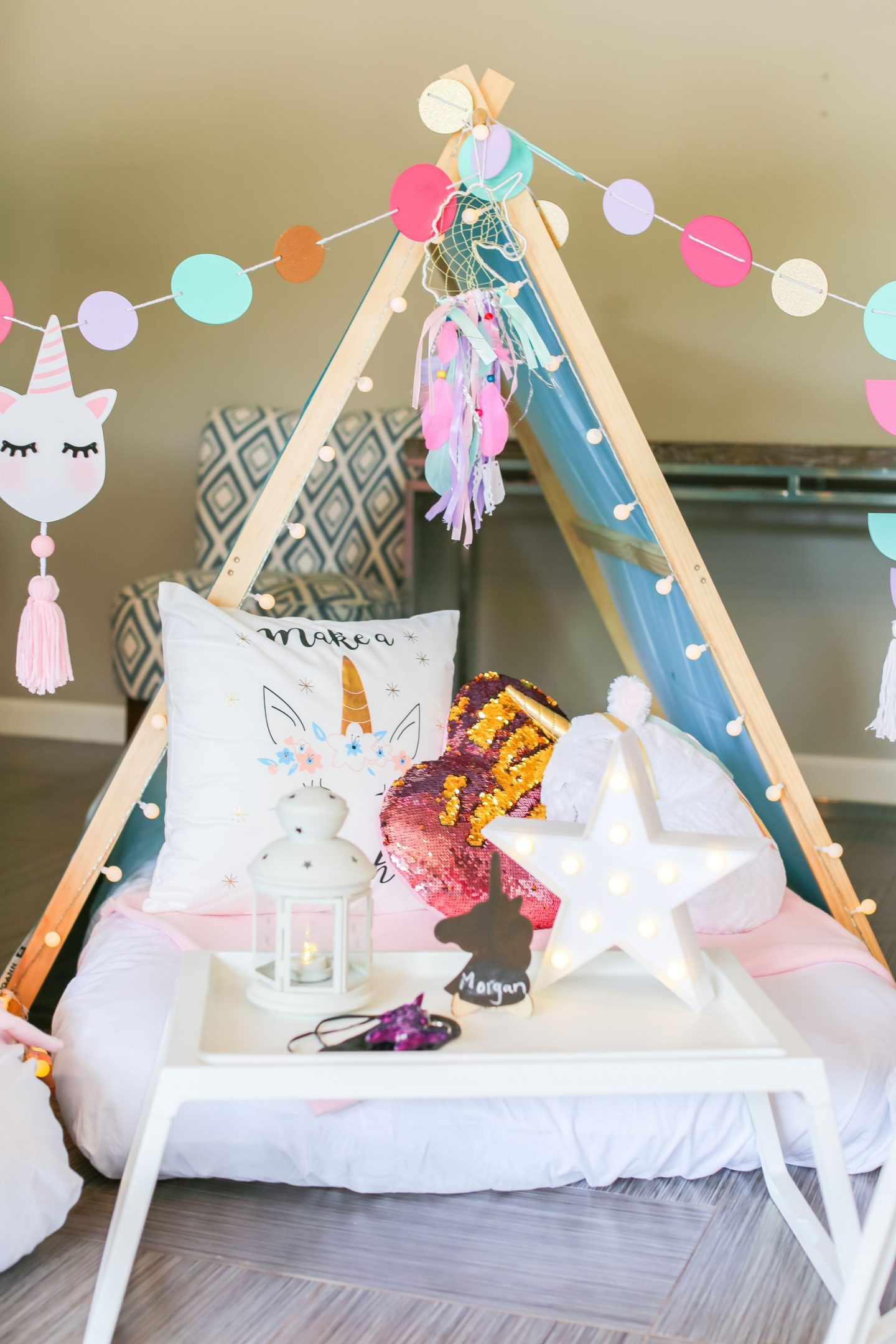 SLUMBER PARTY IDEAS, KIDS BIRTHDAY PARTIES, MOM BLOGGER