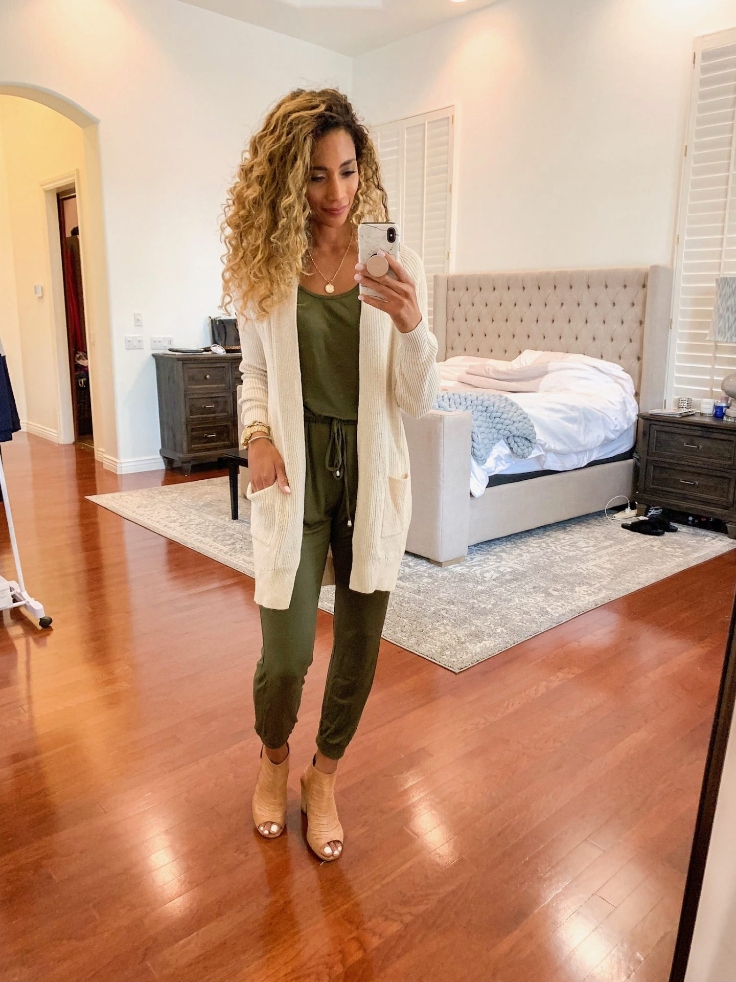 CASUAL STYLE, comfortable JUMSUIT, OLIVE GREEN JUMSUIT, FALL LOOKS, FALL LAYERS
